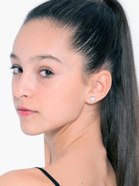 Claudia Olivares