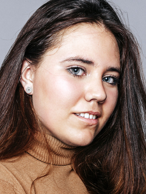 Katerina Robles